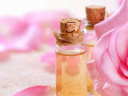 etericno olje vrtnice
