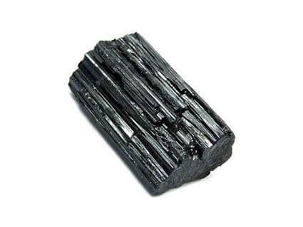 mineral crni turmalin